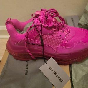 Balenciaga triple s pink mens